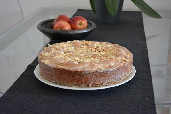 Gedeckter Apfelkuchen ohne Rosinen