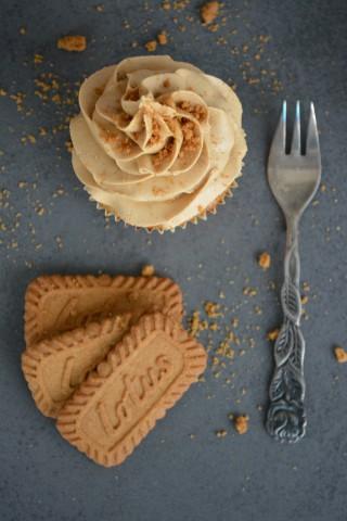 Lotus Cupcakes 3