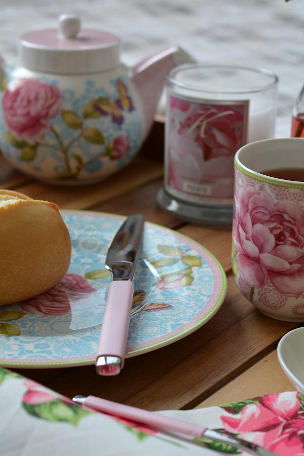 Frühstück im Bett Rose Cottage 12