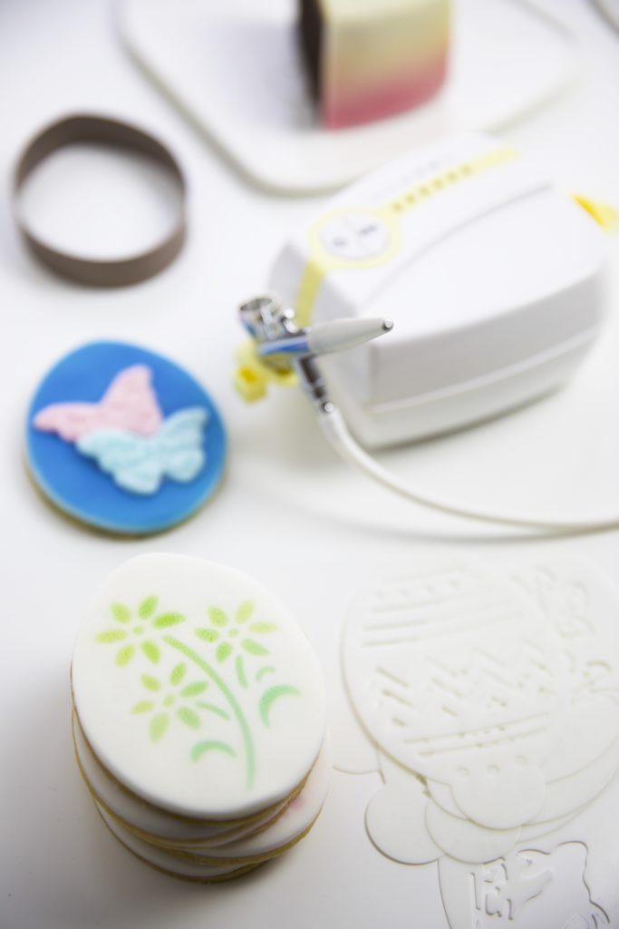 Tchibo Wochenwelt - Rezept für Ostereier Kekse mit Airbrush Dekoration