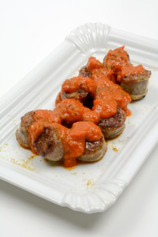 Currywurst mit Paprika Curry Sauce
