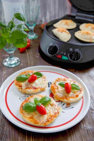 Mini Pizza mit dem Tchibo Pizza-Ofen