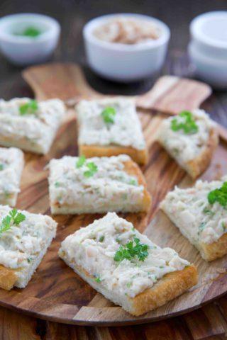 Bruschetta mit Cannellini Bohnen