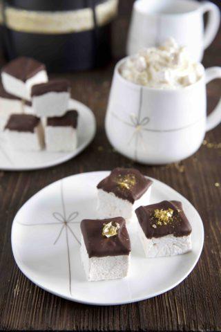 Marshmallows mit Sternanis und einem Hauch von Gold