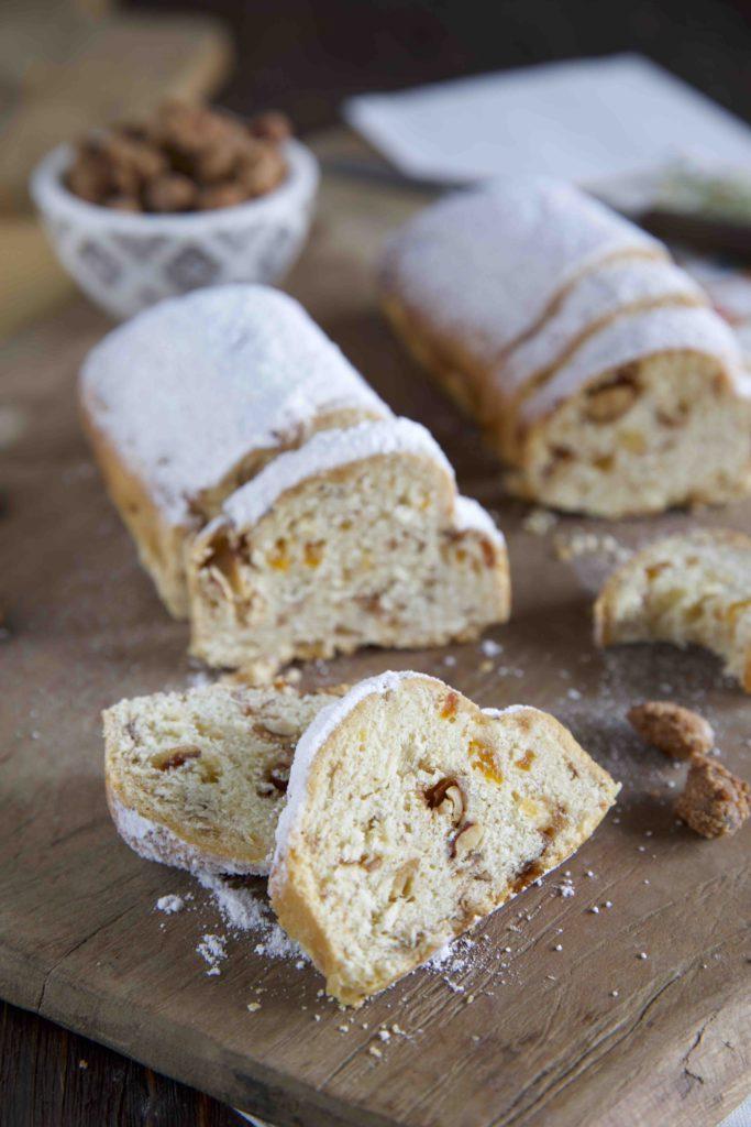 Mini Christstollen mit Aprikosen und gebrannten Mandeln – Food Blogger Adventskalender