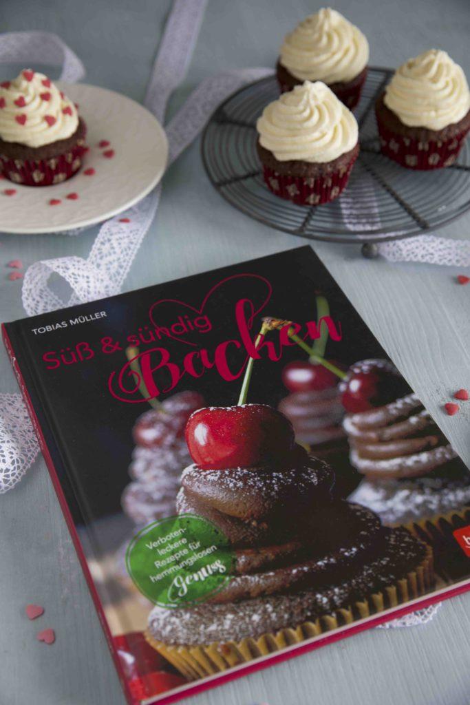 Süß & Sündig Backen - Lolita Cupcakes