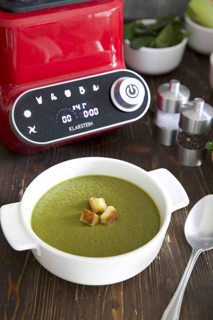 Grüne Detox Gemüse Suppe mit dem Klarstein Olympus R Standmixer