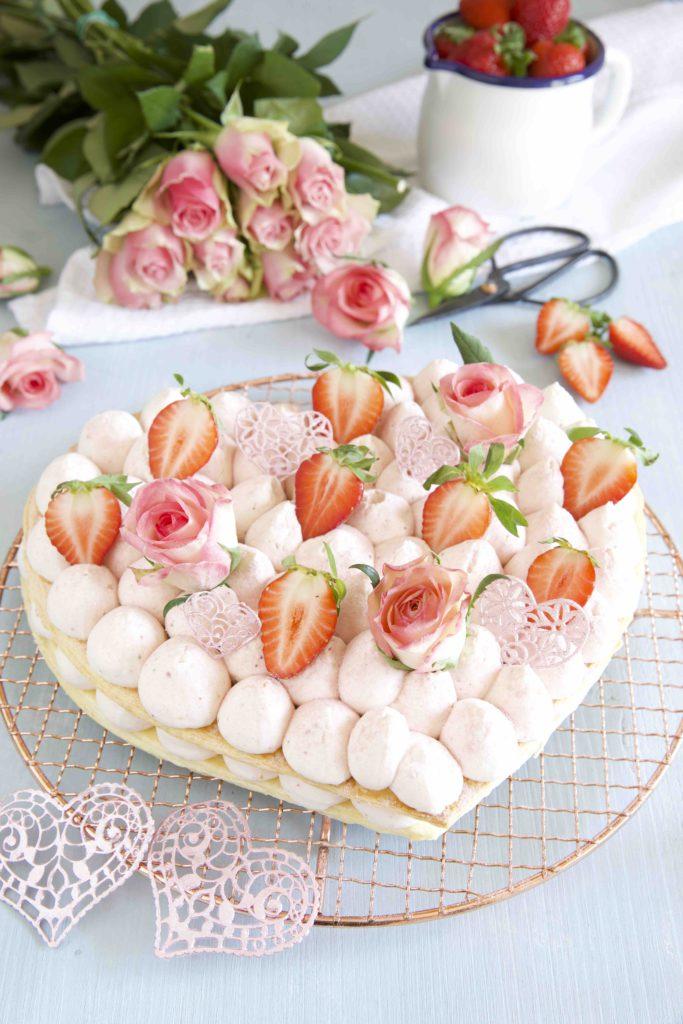 Mille-feuille Herz mit Erdbeeren