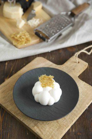 Herzhafte Panna Cotta mit Parmigiano Reggiano